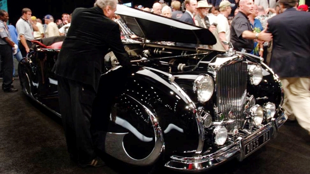 1947 bently mark vi coachworks by franay auto show by auto trader. Black Bedroom Furniture Sets. Home Design Ideas