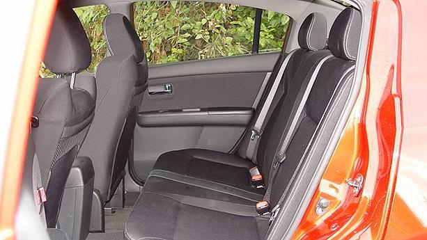 2010 Nissan Sentra SE-R Spec-V