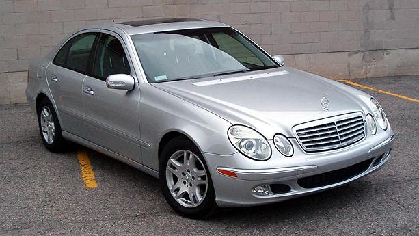 2005 mercedes benz e320 cdi auto show by auto trader for Mercedes benz e 320 cdi