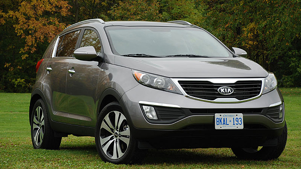 Kia Sportage EX Luxury – and the moniker given to this top-of-the-line