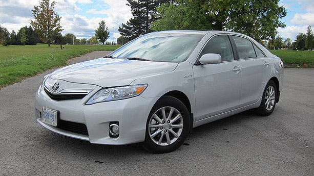 2011 Toyota Camry Hybrid Auto Show By Auto Trader