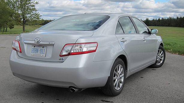 Williams Auto Sales >> 2011 Toyota Camry Hybrid | Auto Show by Auto Trader