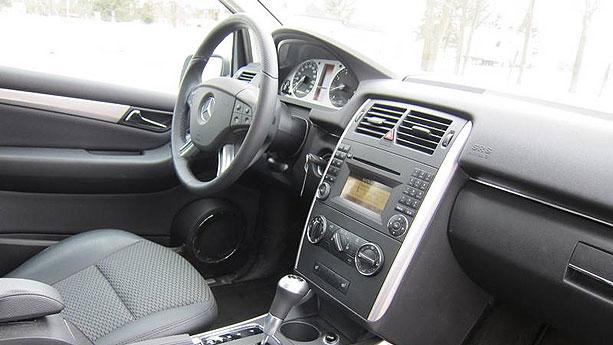 2011 Mercedes-B... B 200 Mercedes 2011